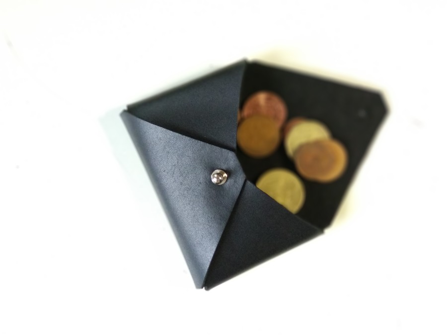 Mage wallet for coins and cards